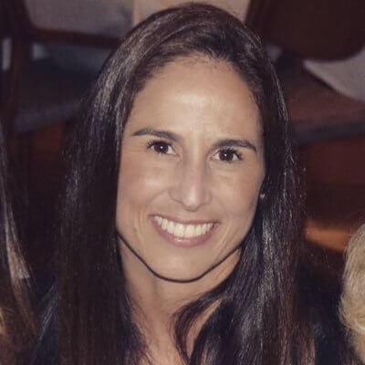 Dr Ana Mantilla