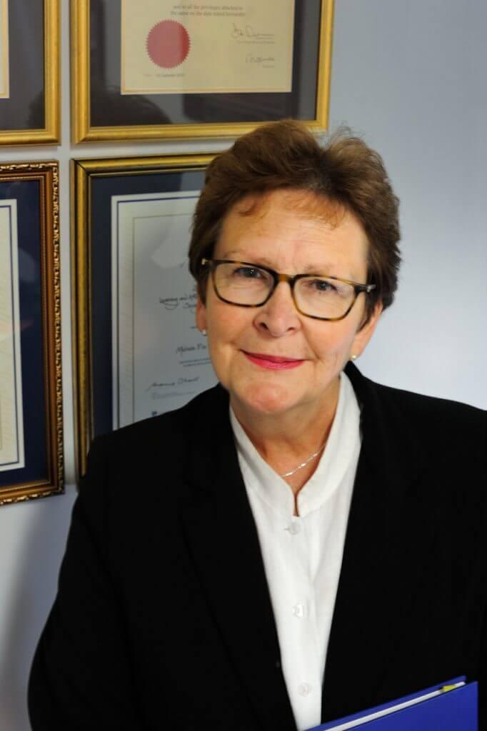 Dr Michelle Toner